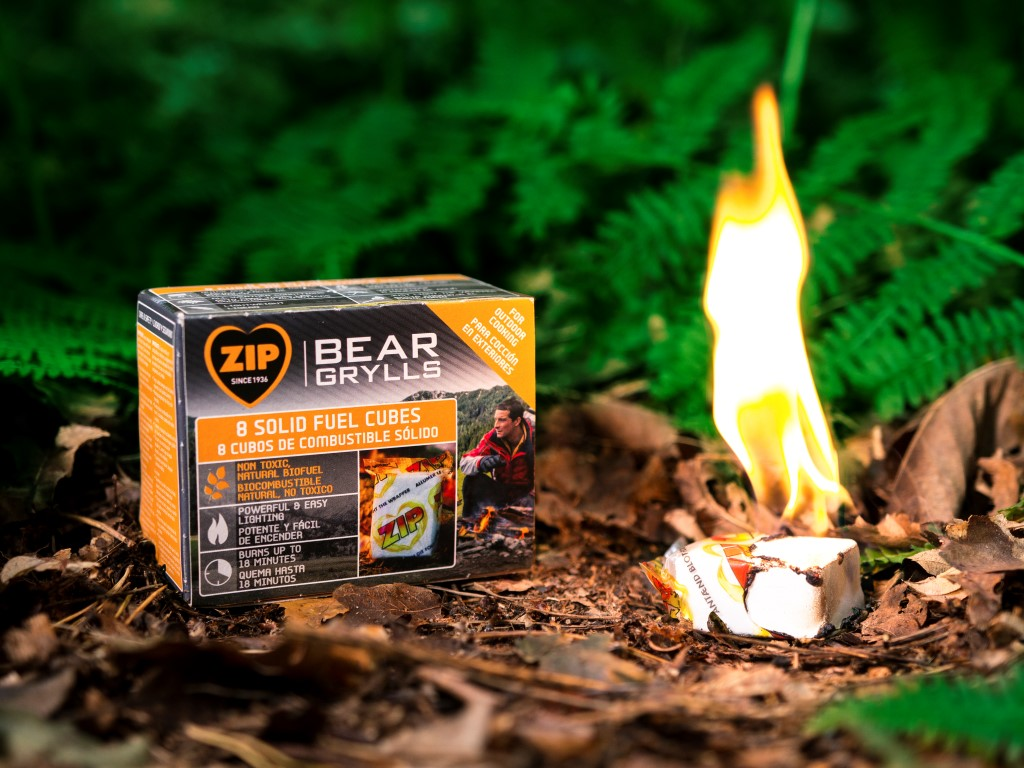 Zip Bear Grylls 8 Solid Fuel Cubes (Action) (Medium)